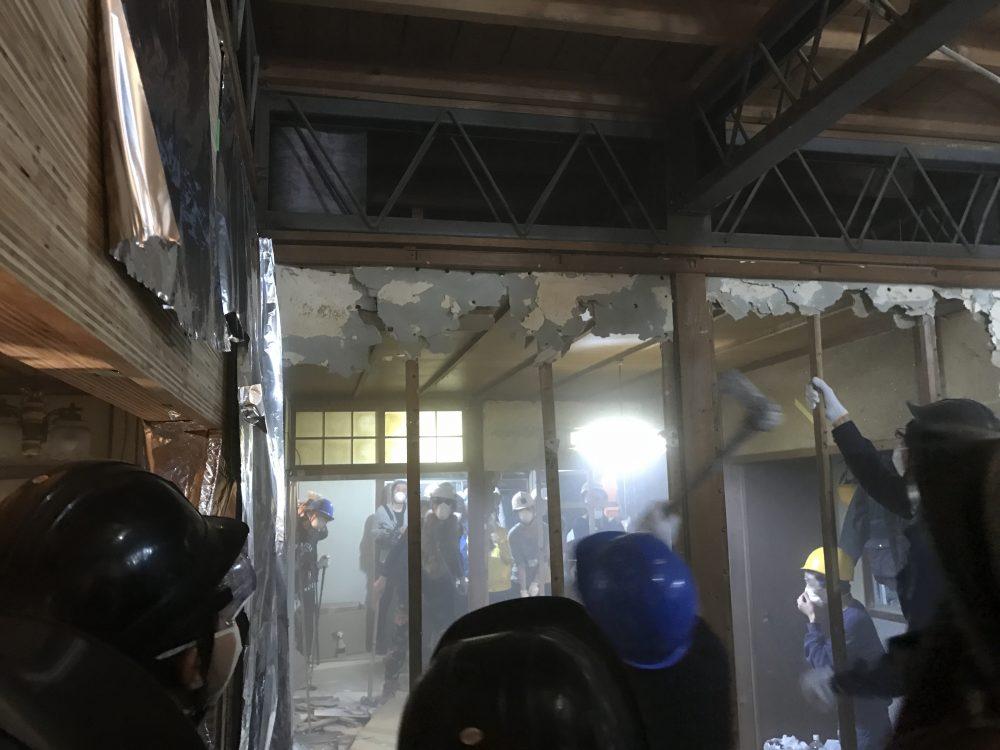 演劇と解体が同時に行われる!前田文化×劇団子供鉅人「文化住宅解体公演」を観に行ってきました!
