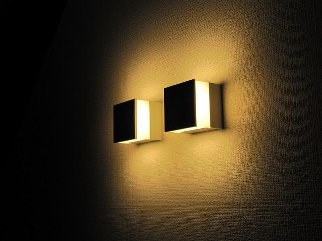 照明、カーテン、クロス、家具