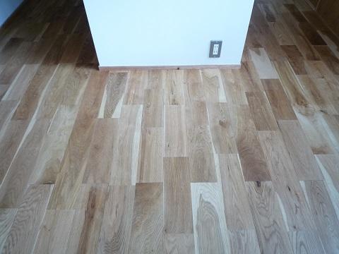 我が家が採用した床材と無垢床のメリット・デメリット