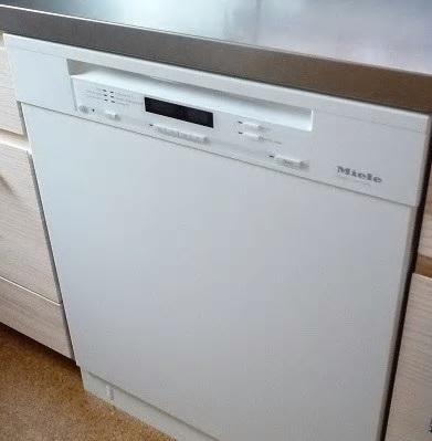 採用してよかったこと④ 大型のフロントオープン食洗機