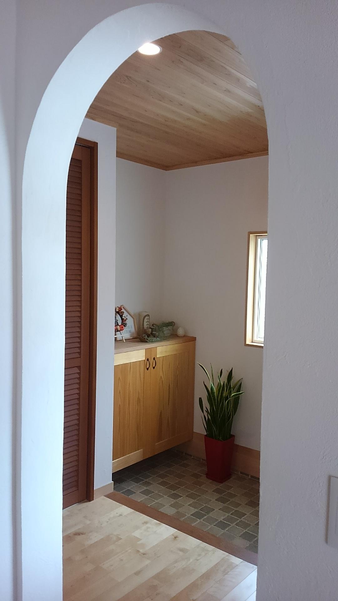 自然素材に包まれる幸せ。無垢材の天井
